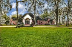 Richmond FM359 Country 1story estate on 2 acre Corner,4100',4/5/3,Private Well,Septic,16x32 Stor... in Katy, Texas