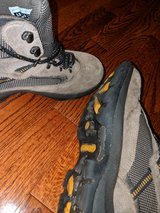 Boys hiking boots in Westmont, Illinois