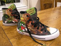 kids looney toons converse boots in Lakenheath, UK