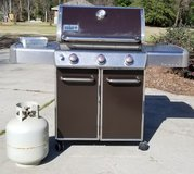 Weber Genesis Gas Grill in Warner Robins, Georgia