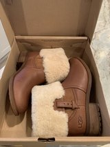 UGG Leather Boots Size 8 in Aurora, Illinois