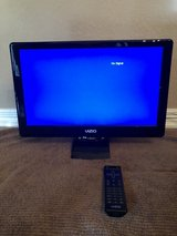 "Visio 18"" Flat Screen TV with Remote in Kingwood, Texas"