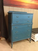 Tall chest or dresser in Alamogordo, New Mexico