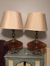 Set of 2 Table Lamps in St. Charles, Illinois