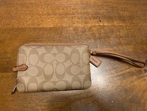 Coach Signature Leather Double Corner Zip Wristlet Wallet Brown - NEW in Naperville, Illinois