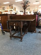 Pine Drop-leaf Ethan Allen End Table in Naperville, Illinois