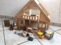 Plan Toys doll house with dolls and accessories in Stuttgart, GE