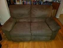 Brown Reclining Loveseat in Alamogordo, New Mexico