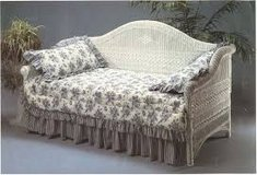 wicker day bed in Yorkville, Illinois