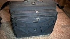 (LUGGAGE/GARMENT BAG/SUITCASE) in Quantico, Virginia