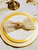 Gold/White Napkins in Tacoma, Washington