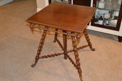Antique Side Table in Alamogordo, New Mexico