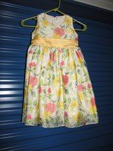 Girl Spring Summer Floral Dress size 4 in Byron, Georgia