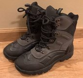 Champion Leather Hiking Boots Men's size 7 in Glendale Heights, Illinois