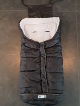 BO1 Stroller Winter Leg Warmer in Ramstein, Germany