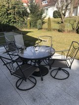Patio Table and Chair Set in Stuttgart, GE