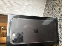 New in the box IPhone 11 Pro 256 gb in Ramstein, Germany