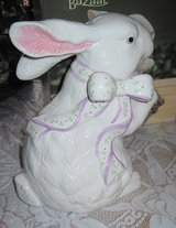 Ceramic Easter Bunny in Alamogordo, New Mexico