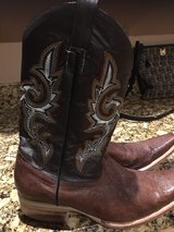 Men brown boots size 10D in Alamogordo, New Mexico