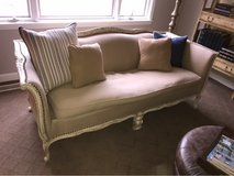 Couch vintage in St. Charles, Illinois
