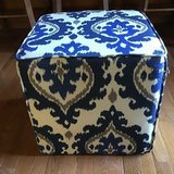"IKAT STYLE BLUE, WHITE AND TAN UPHOLSTERED 17"" OTTOMAN in Alamogordo, New Mexico"