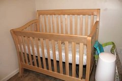 Baby Crib and Toddler Bed in Grafenwoehr, GE