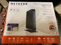 Netgear N750 Wireless Dual Band Gigabit Router in Okinawa, Japan