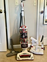Shark Professional Vacuum - Excellent Condition in Byron, Georgia