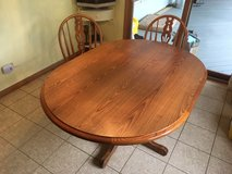 Kitchen Oak Table & 6 Chairs in Tinley Park, Illinois