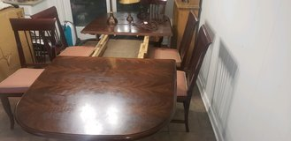 Beautiful solid wood table in Beaufort, South Carolina