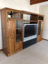 entertainment center w/free tv (tv works) in Algonquin, Illinois