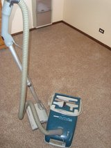 Hoover Brand Futura 550 Canister Vacuum w/Power Brush and Upholstery Tools in Tinley Park, Illinois