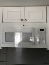 GE Microwave oven, above range (30 inch) in 29 Palms, California