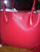 Brand New Michaels Kors Handbag in Fort Belvoir, Virginia