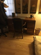Desk and leather chair in Alamogordo, New Mexico