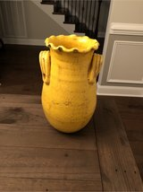 Yellow Vase in Fort Campbell, Kentucky