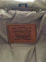 MENS LEATHER LEVI JACKET SZ 38 in Yucca Valley, California