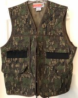 Winchester Conceal Trebark Men's Hunting Vest Large in Sandwich, Illinois