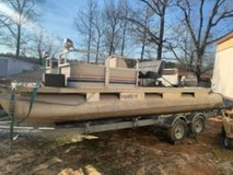 Pontoon boat in DeRidder, Louisiana