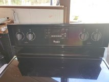 Whirlpool Electric Glasstop Stove in Cleveland, Texas