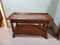 Sofa table beautiful  Very sturdy and heavy in Naperville, Illinois