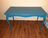 Entryway table/tv stand in DeRidder, Louisiana