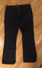 14R Women's Black Jeans in Oswego, Illinois