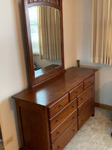 Dresser and Mirror-  FOR FREE in Naperville, Illinois