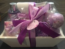 NEW spa gift basket in Bolling AFB, DC