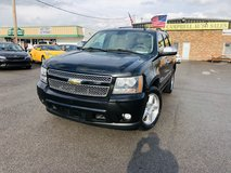 2010 CHEVROLET TAHOE LTZ SPORT V8, FLEX FUEL,5.3 L in Fort Campbell, Kentucky