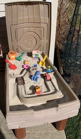 Step 2 Naturally Playful Sand and Water activity table with Lid and Accessories in Naperville, Illinois