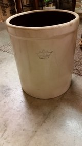 5 Gallon Crown Crock in Fort Campbell, Kentucky