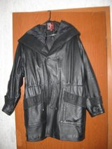 Ladies Leather Coat $100.00 in Fort Knox, Kentucky