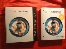2 new Literature textbooks - see detailed information and photos below in Tomball, Texas